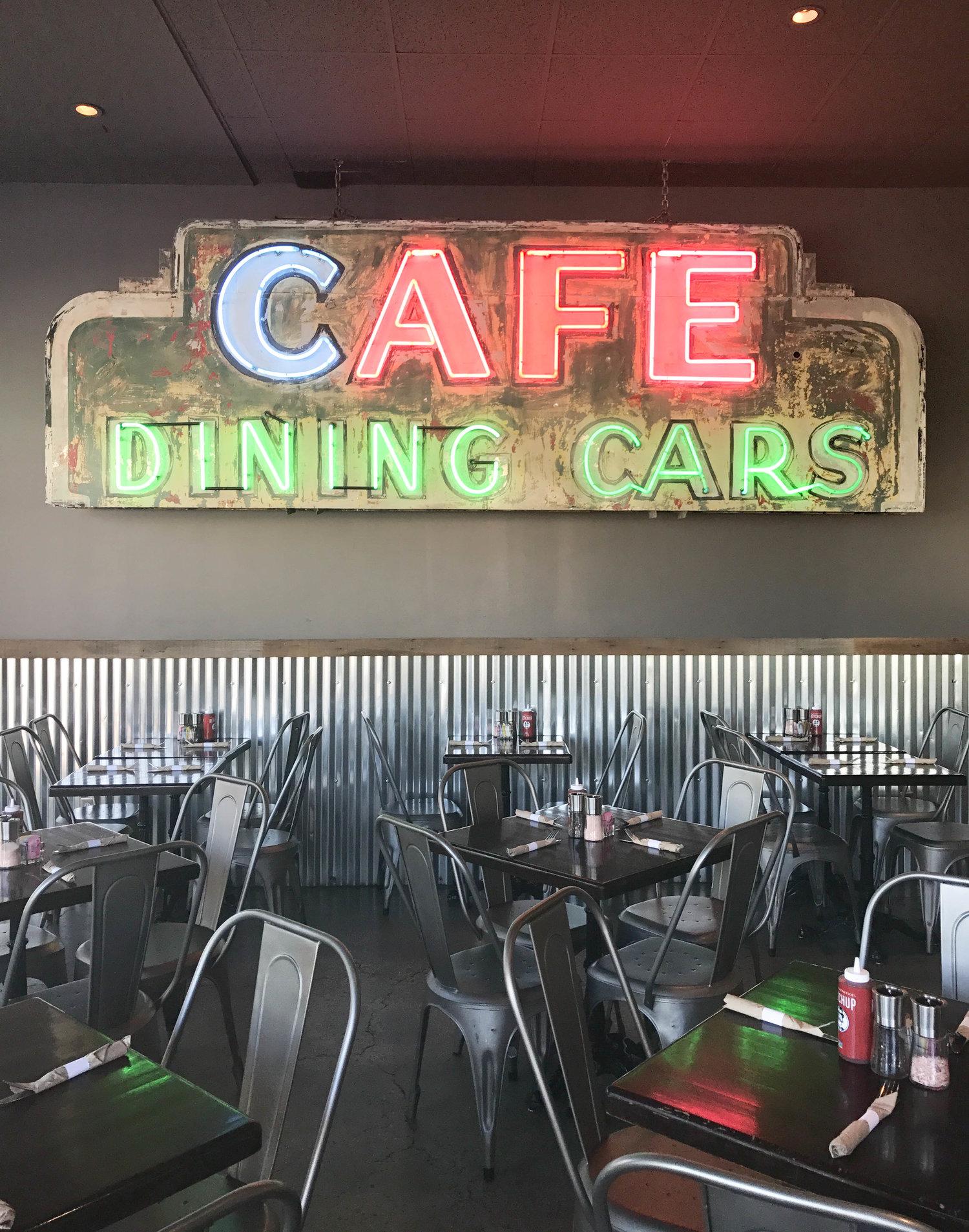 Wilma & Frieda's Café