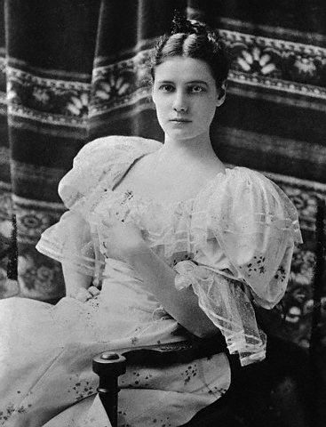 ca. 1880s-1890s --- Original caption: Here is a formal portrait of Nellie Bly (1867-1922), an American journalist and around the world traveler. --- Image by © Bettmann/CORBIS
