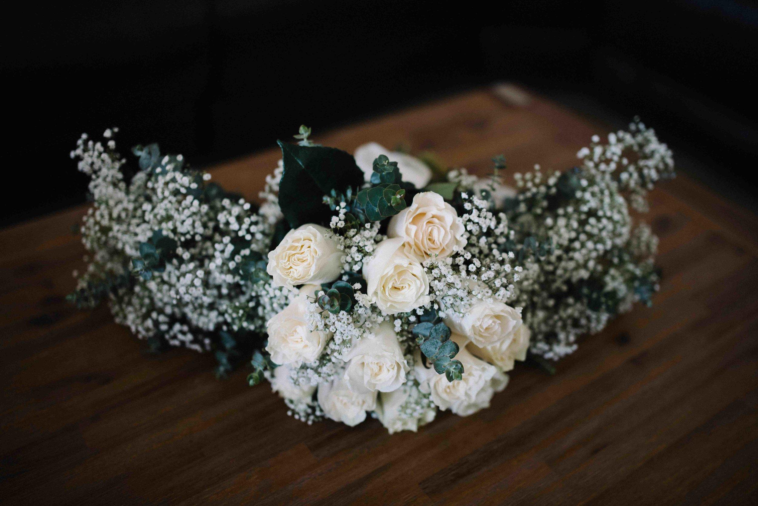 1-perth wedding flowers babys breath.jpg