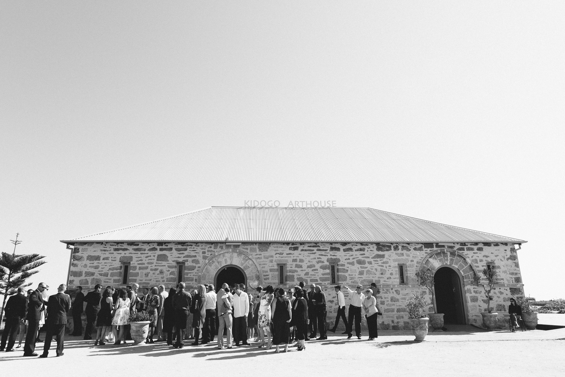 26-kidogo art house fremantle wedding.jpg