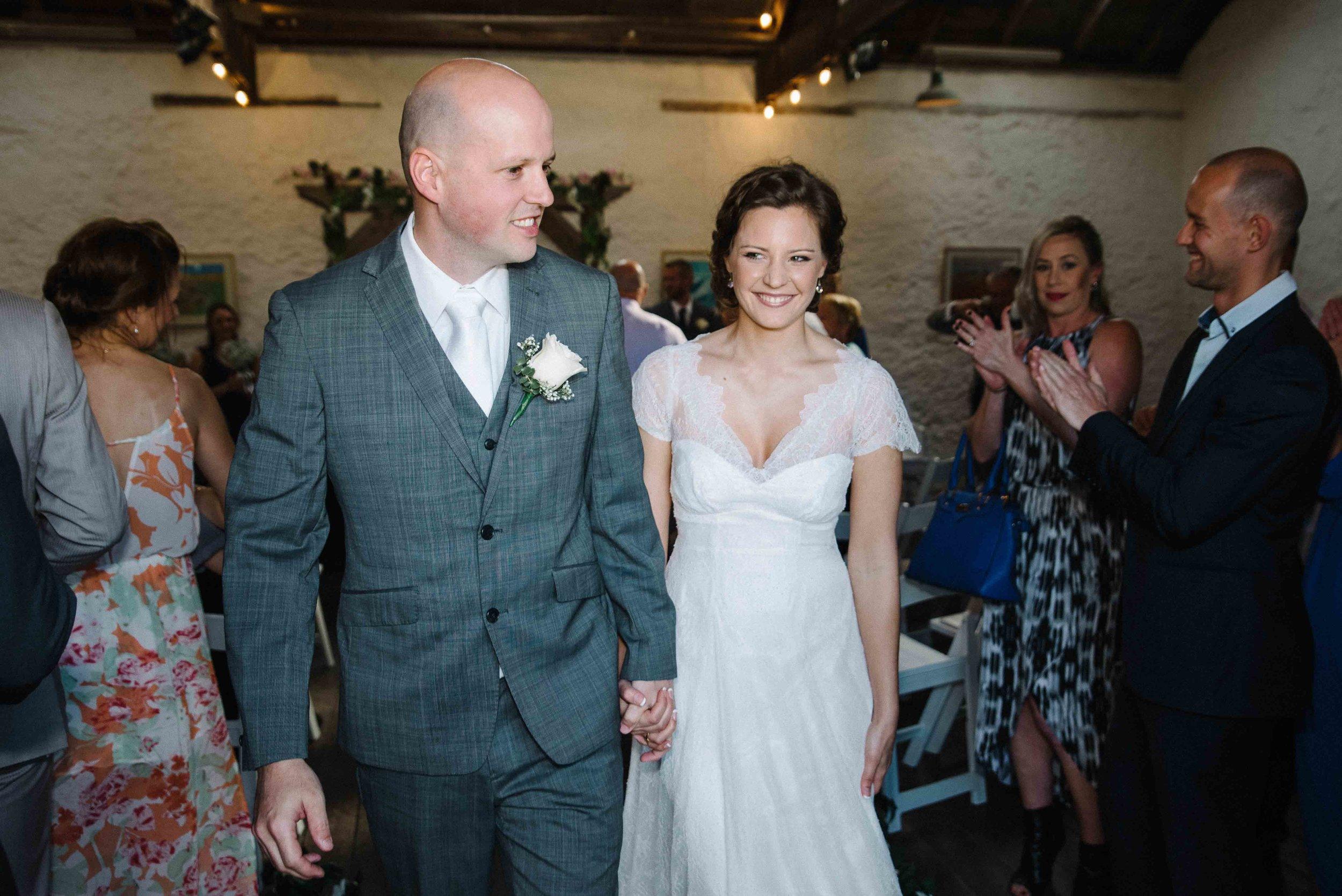 38-candid natural wedding photography fremantle.jpg