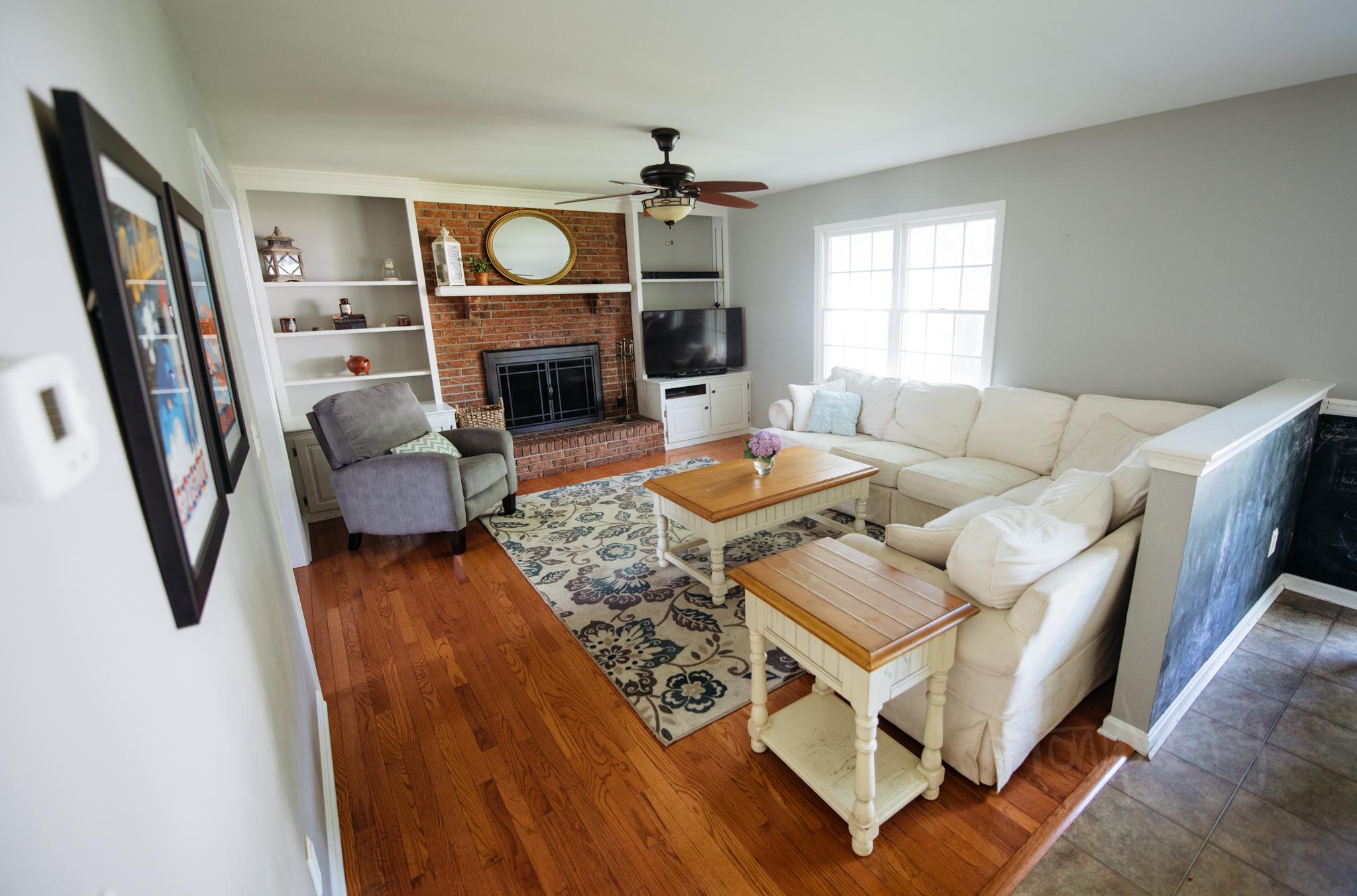 Living room (morning time)