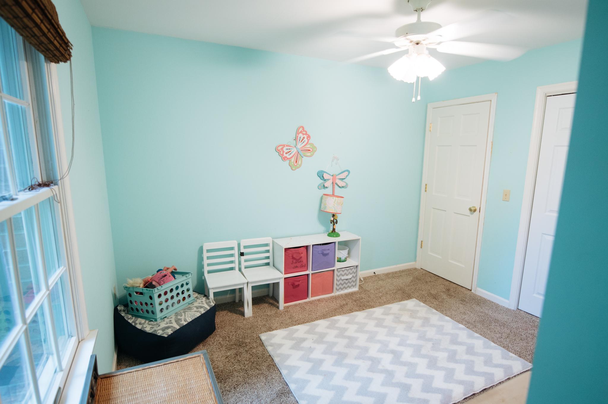 """Bedroom 3 - 11' 6"""" x 9' 4"""" (approx)"""