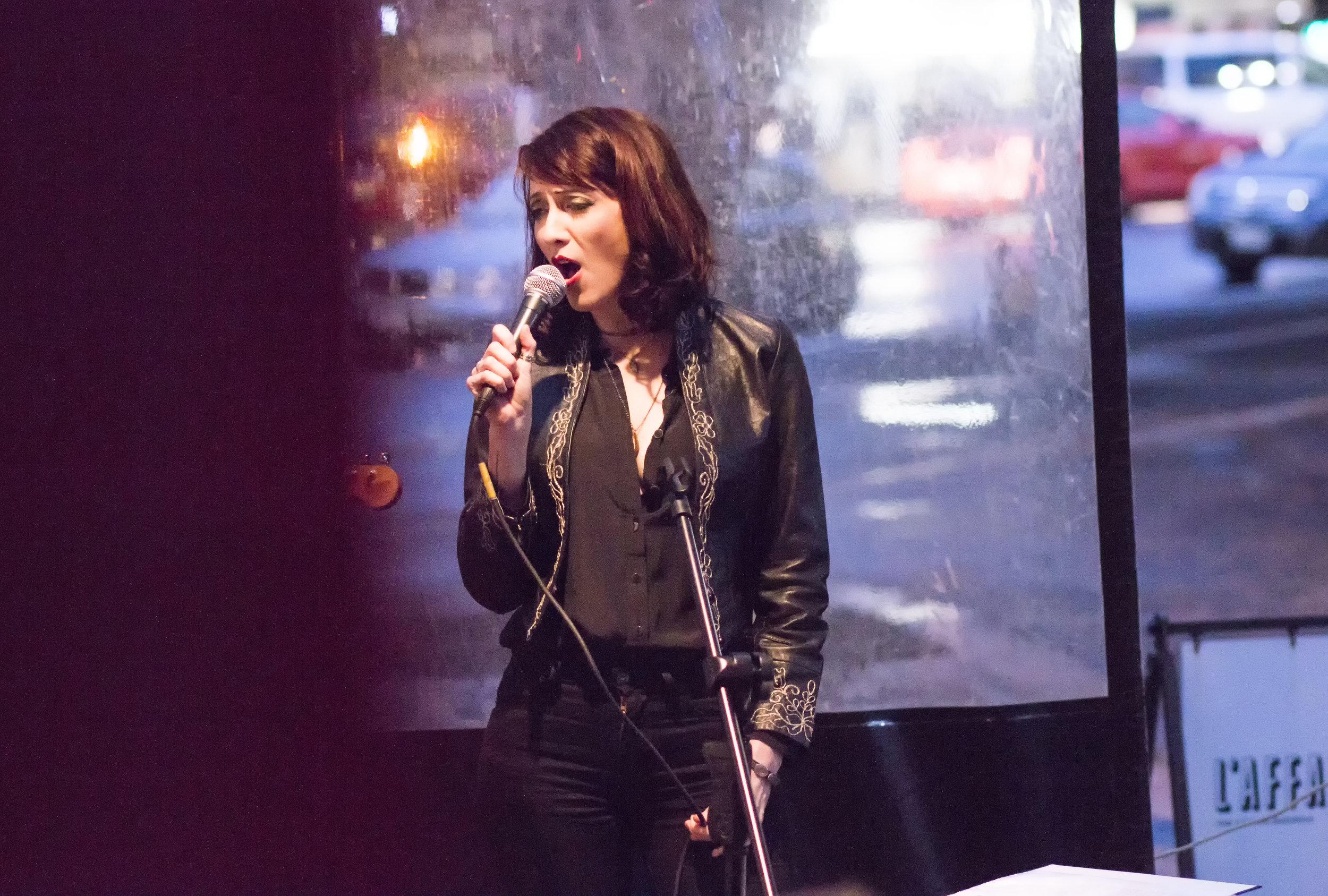 I sing DT.jpg