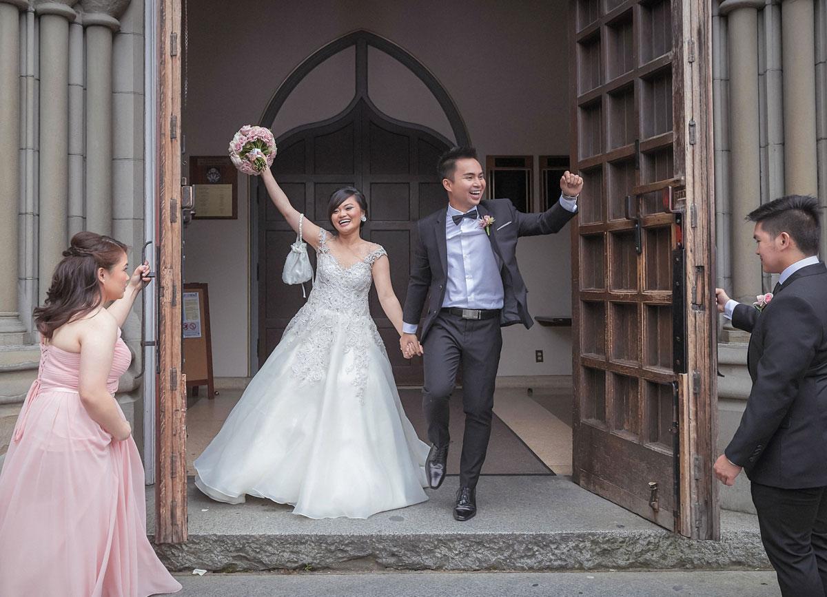 dloveaffair_wedding_party_squad.jpg