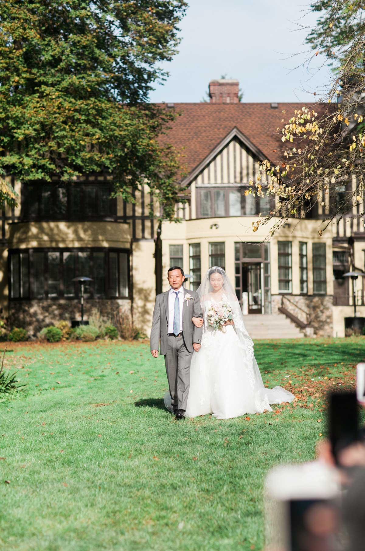 dloveaffair_wedding_cermeony_floral.jpg