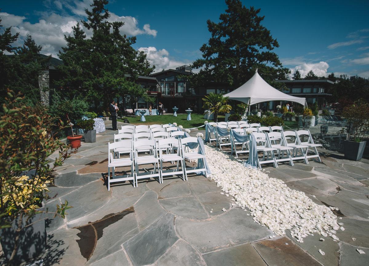 dloveaffair_wedding_ceremony_privateisland.jpg