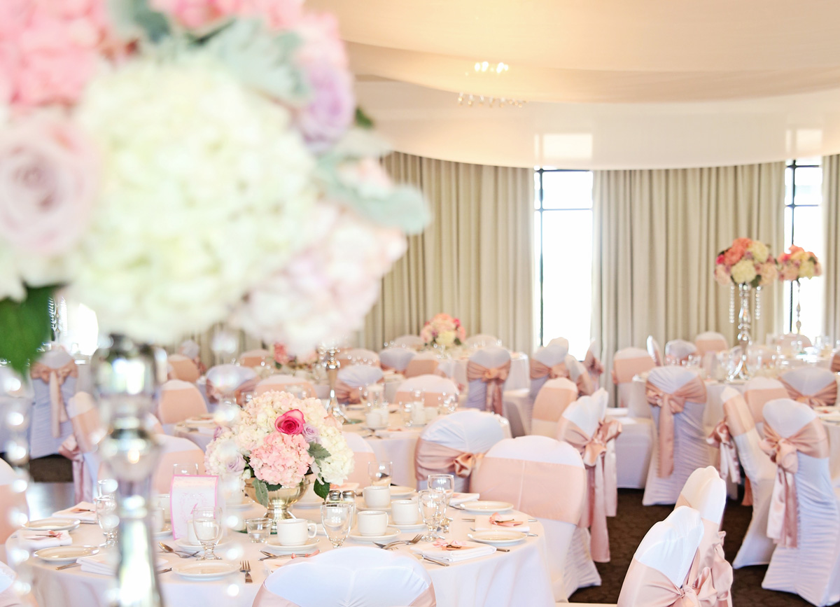 Click to view this wedding