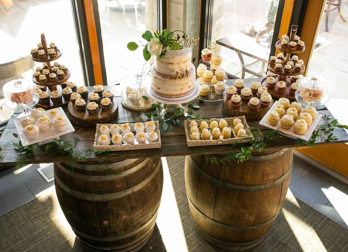dloveaffair_wedding_cake_sweets.jpg