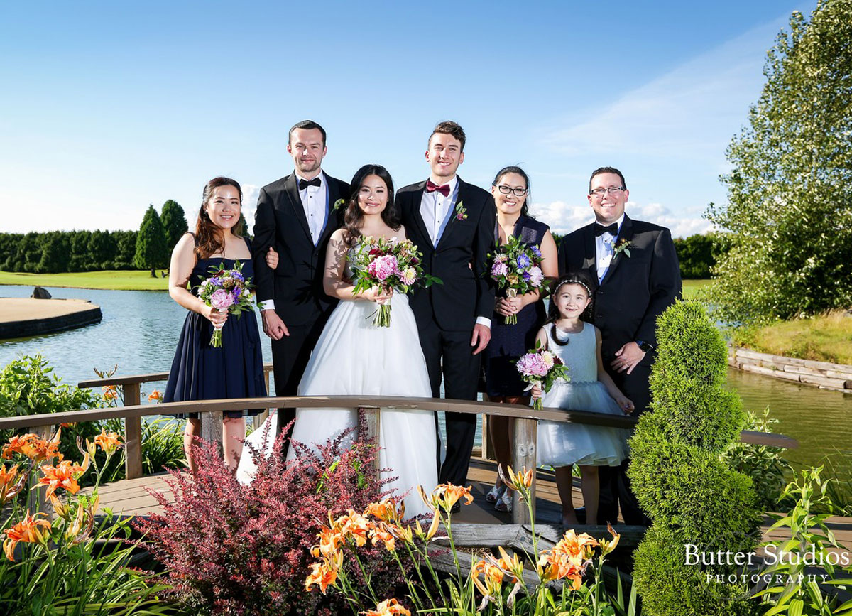 dloveaffair_wedding_weddingparty_mayfairlakes.jpg