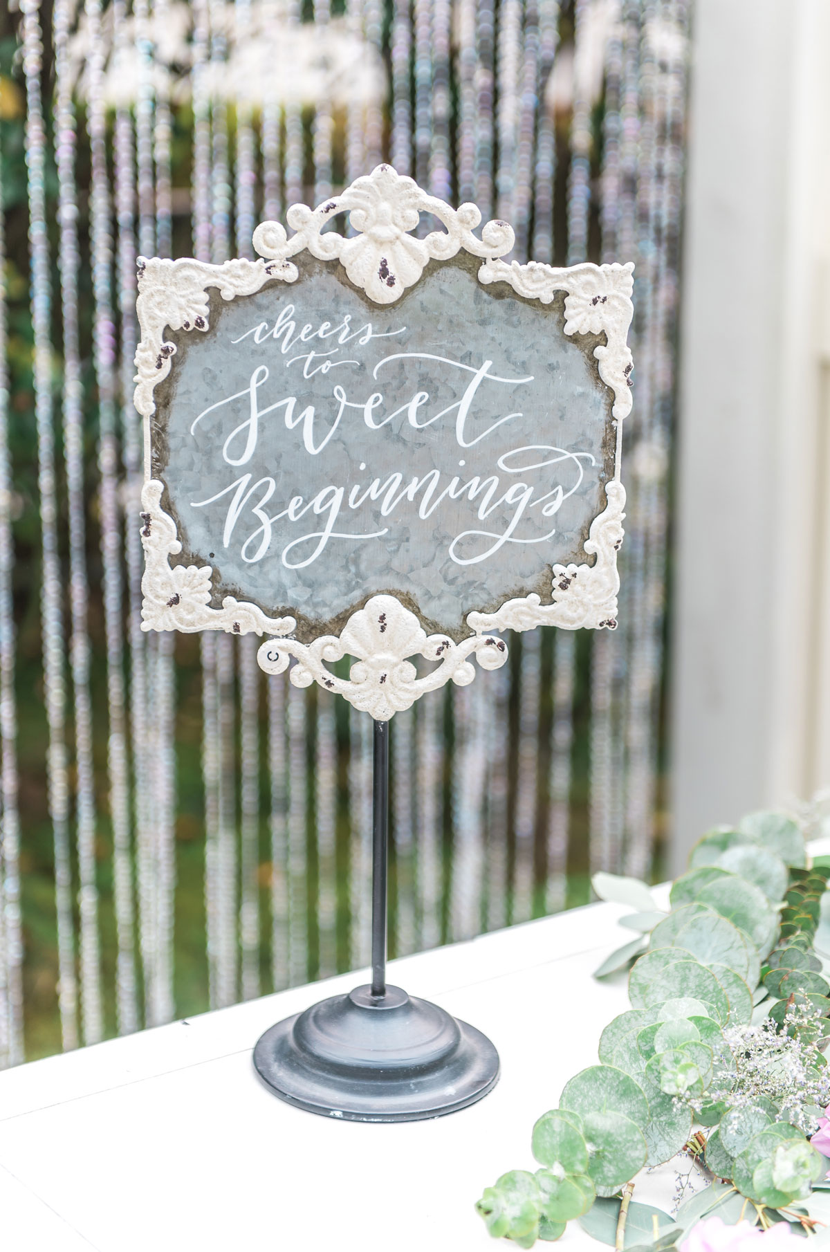 dloveaffair_weddingsign_calligraphy.jpg
