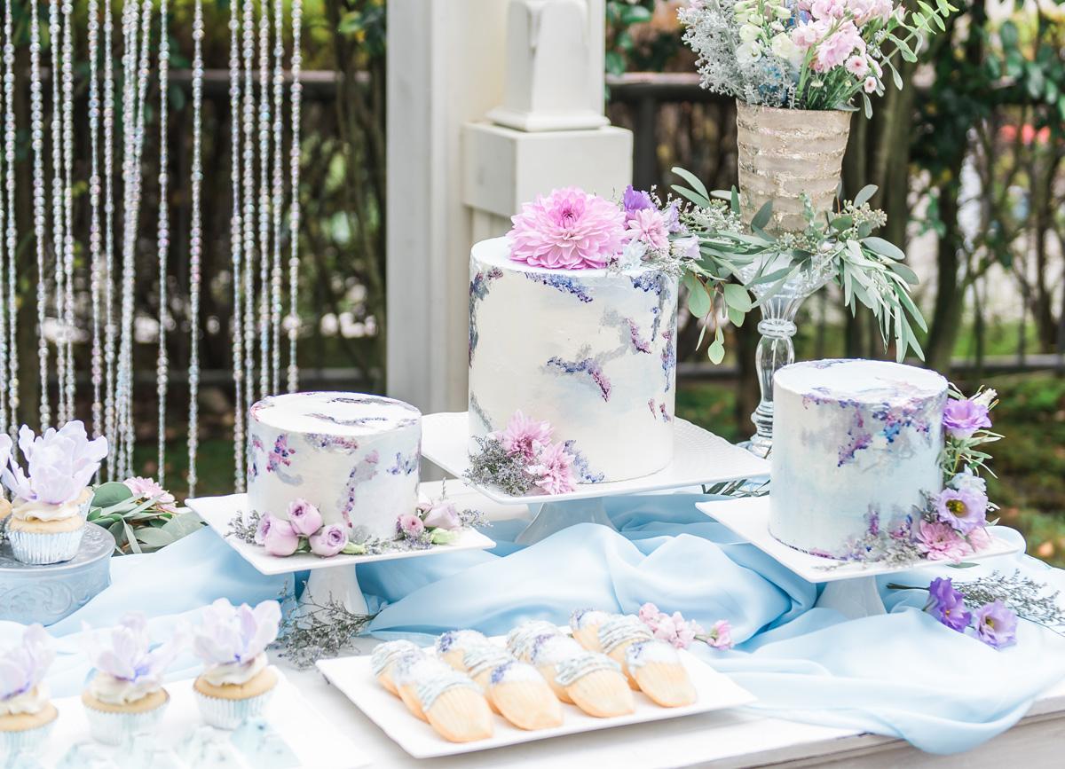 dloveaffair_wedding_caketable_desserts.jpg
