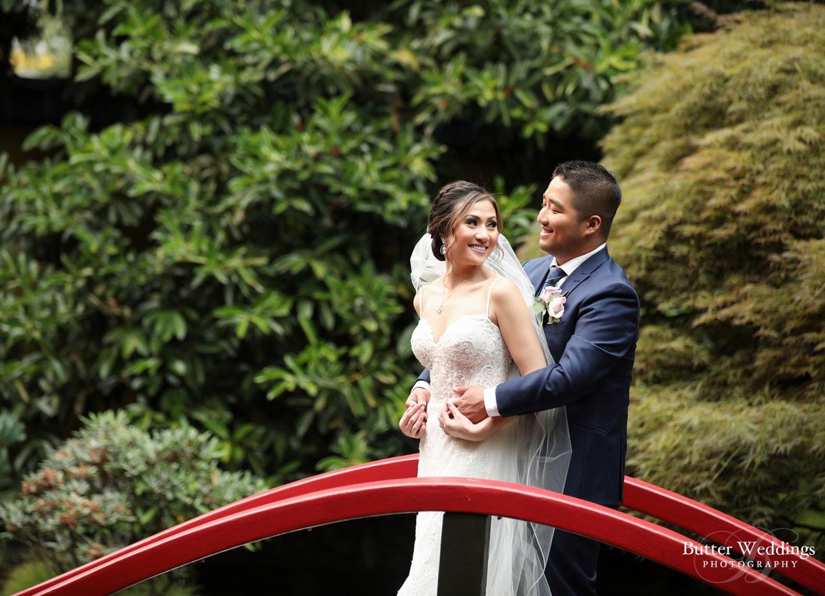 dloveaffair_bride_groom_love.jpg