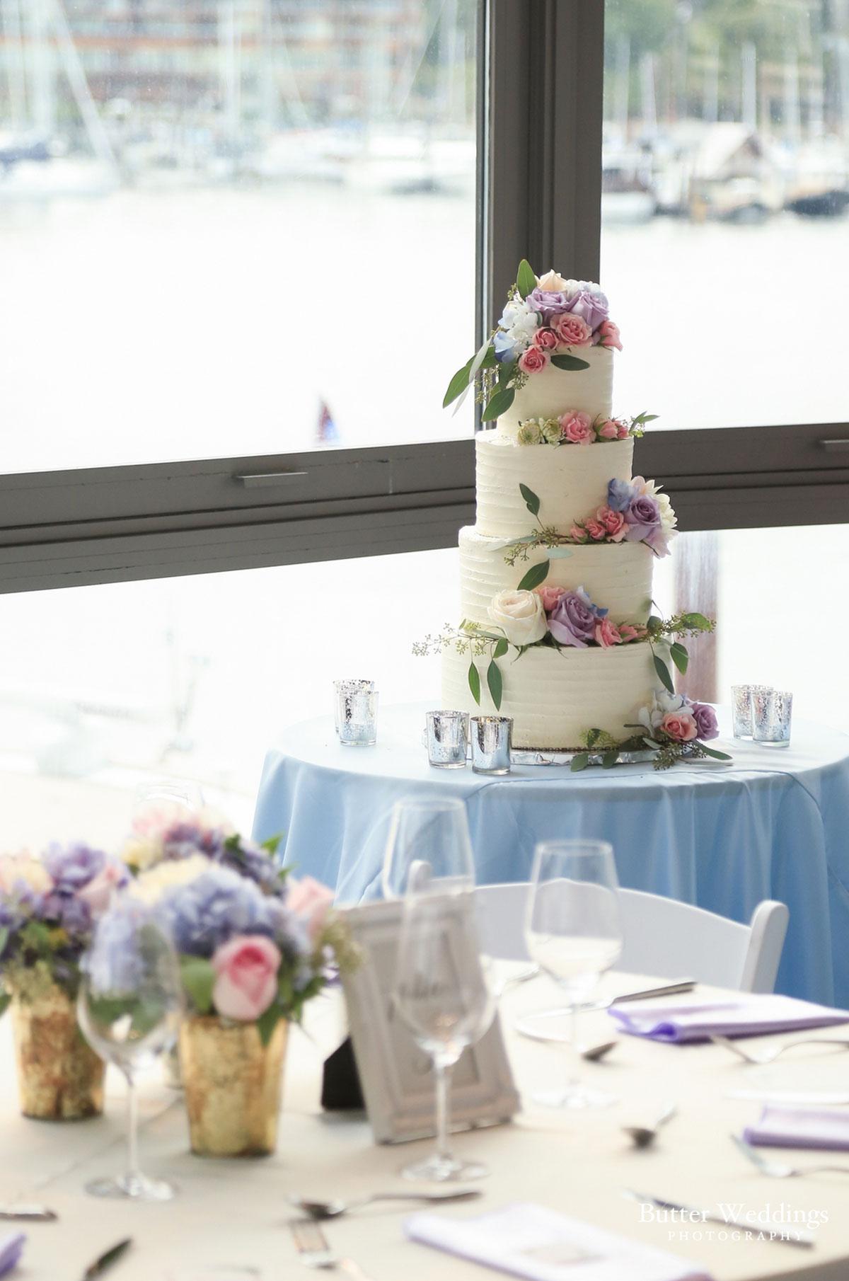 dloveaffair_wedding_cake.jpg