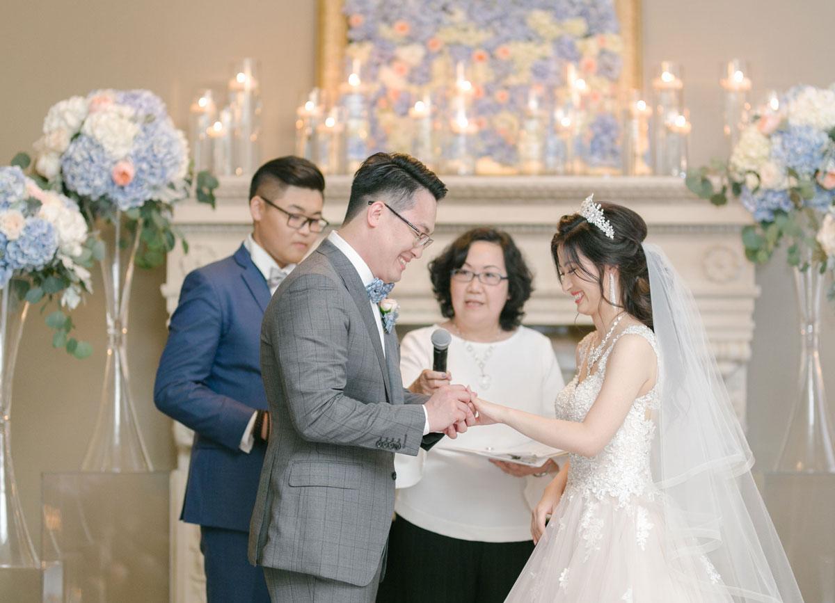 vancouverclub_ceremony_bridegroom.jpg