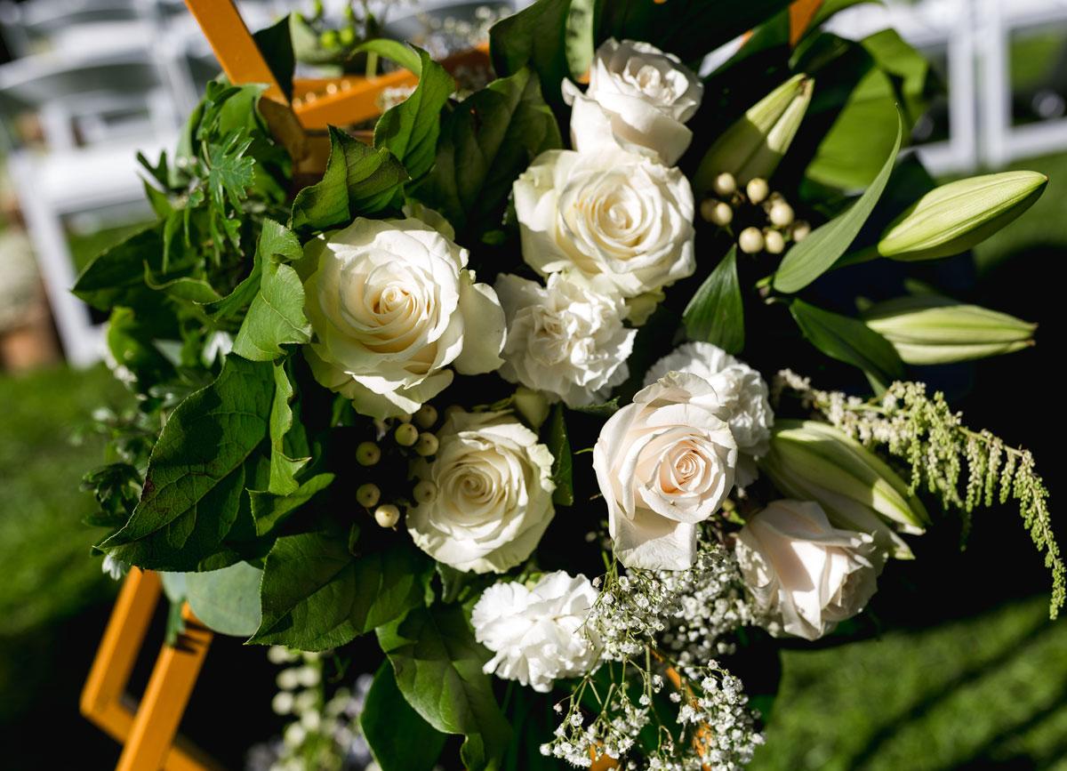 dloveaffair_archflowers.jpg