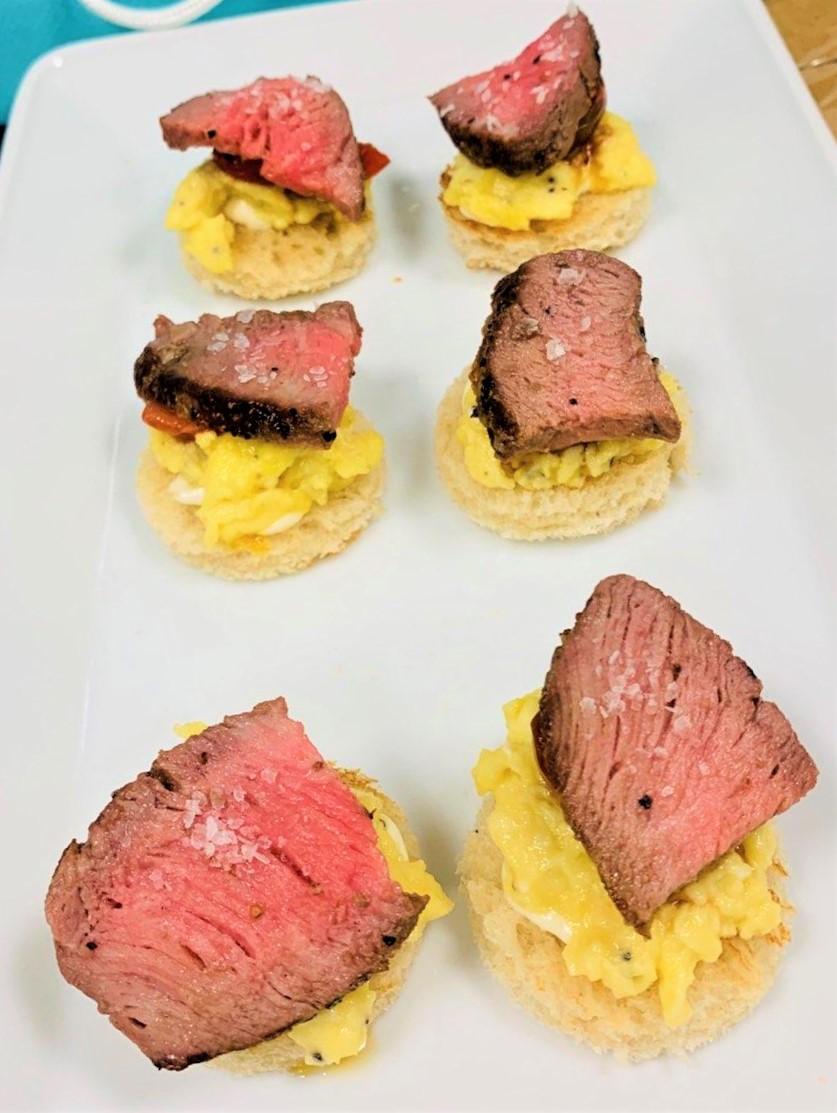 steak & eggs mini.jpg