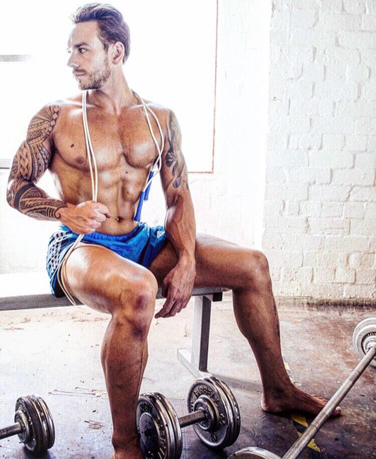 Vegainz Coach - Melbourne based Vegainz Coach supplies you with customised Vegan nutrition and Strength training programs to change a mind, a body, a spirit. Click the image to find out more.