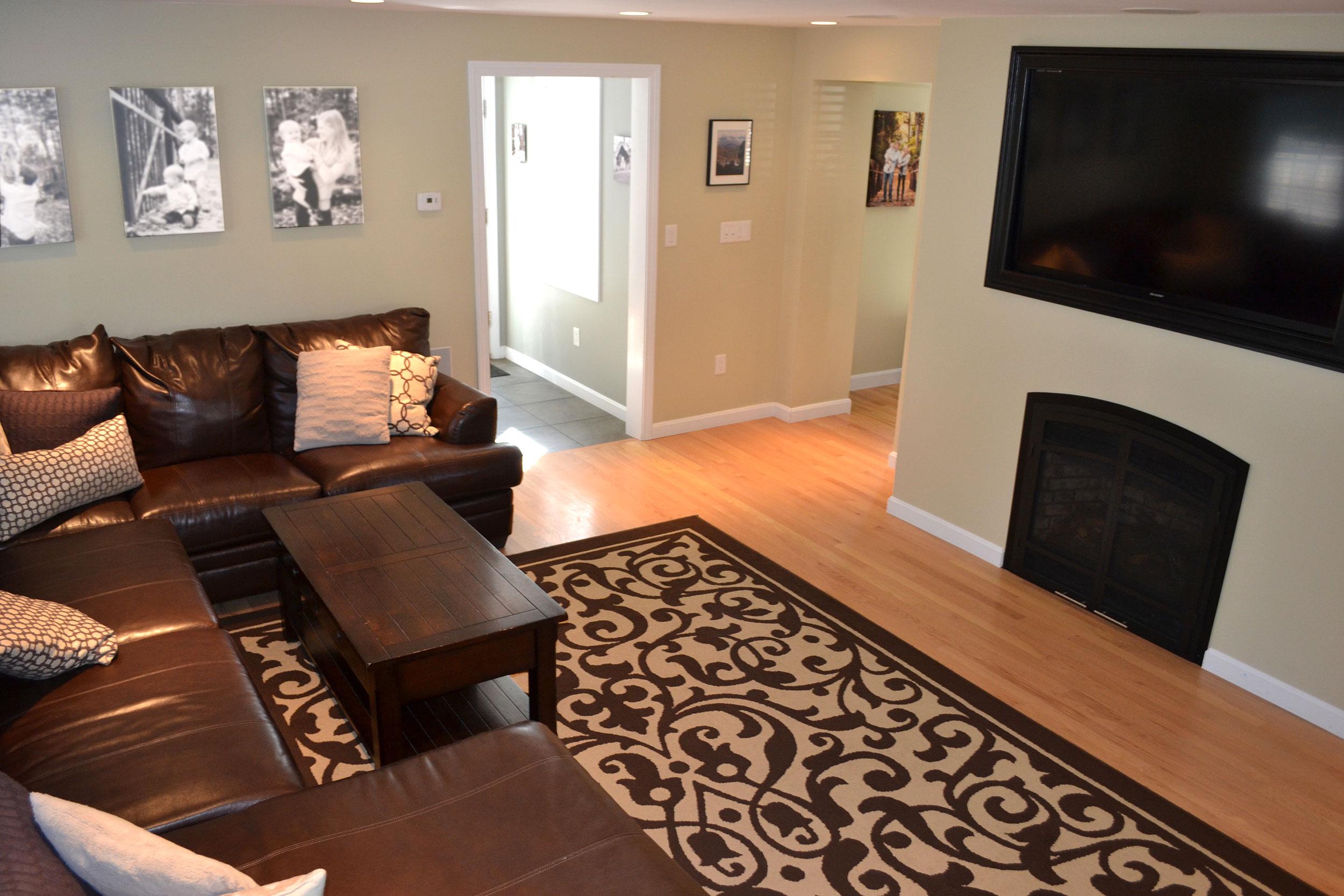 08-living-room-2.jpg