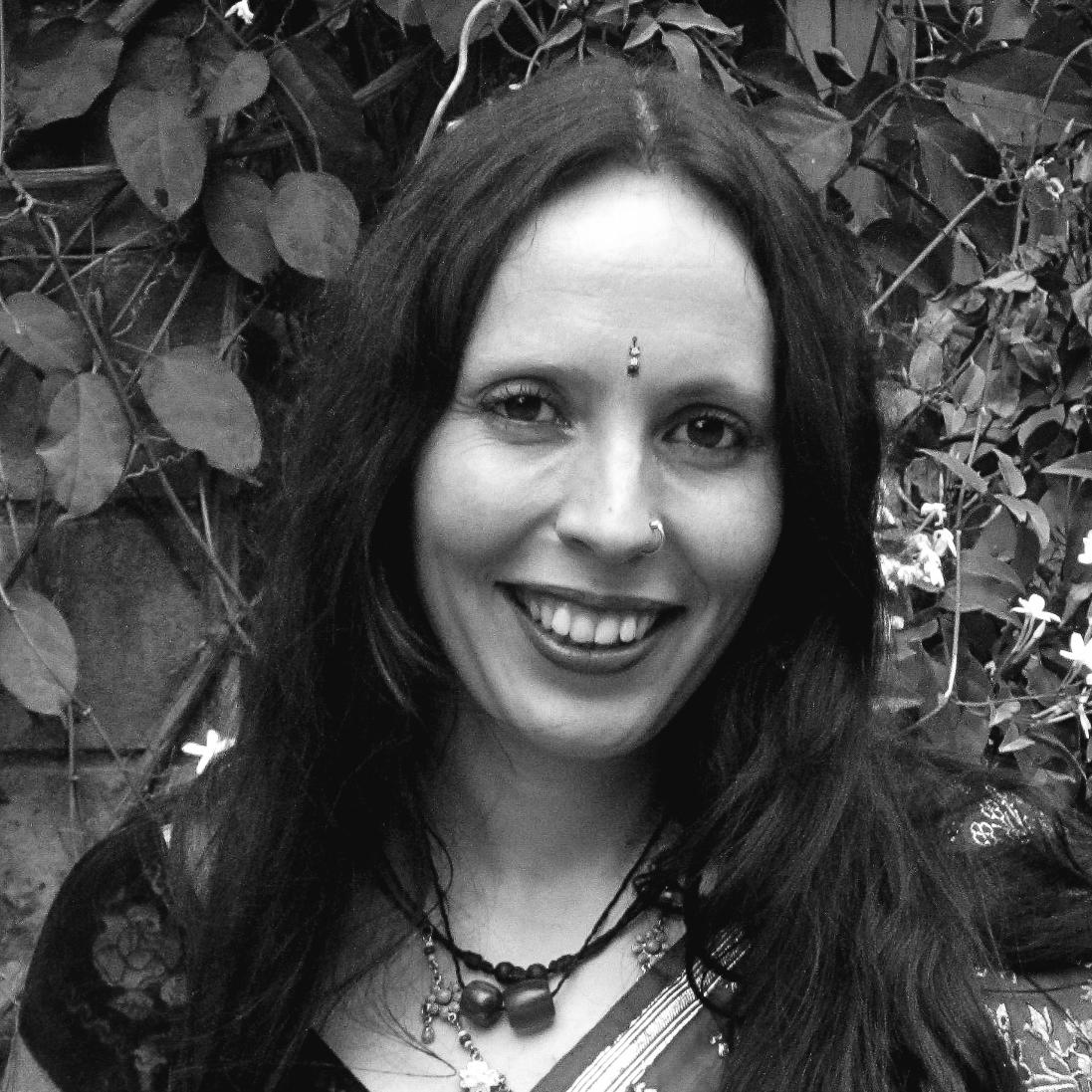 Claire Bennett     Associate Consultant