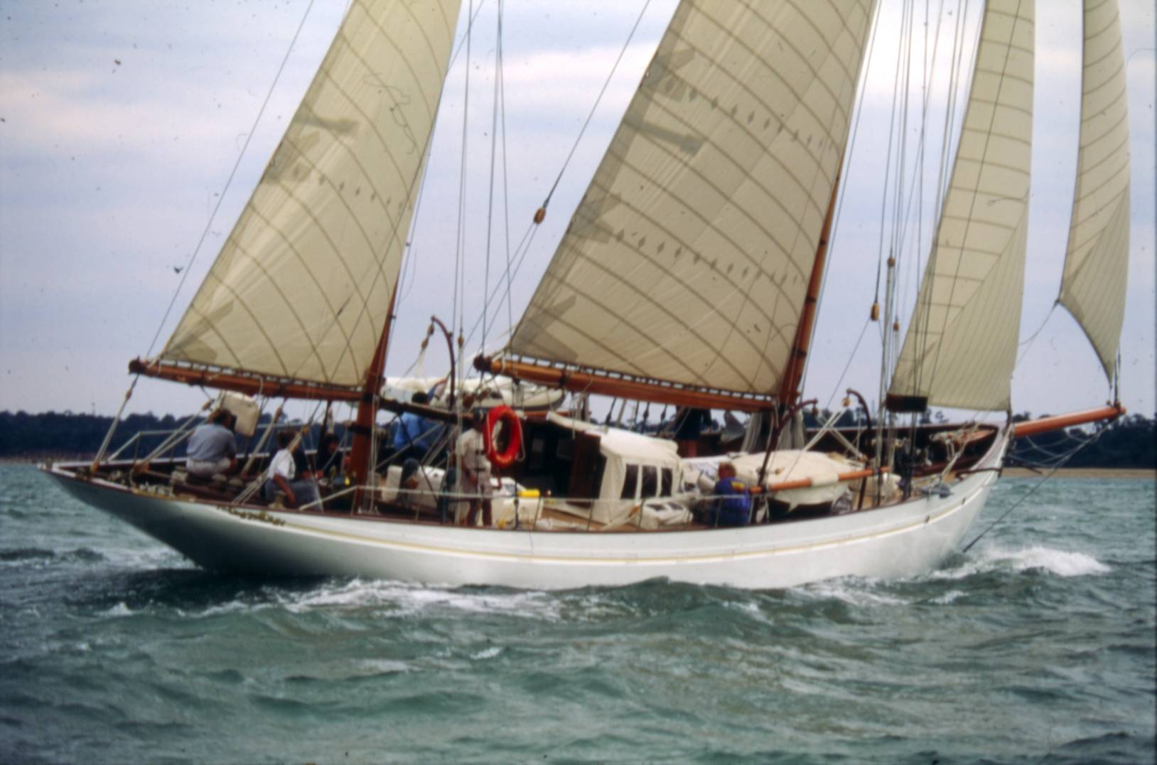The Fife designed Kentra leaves Fairlie Yachts