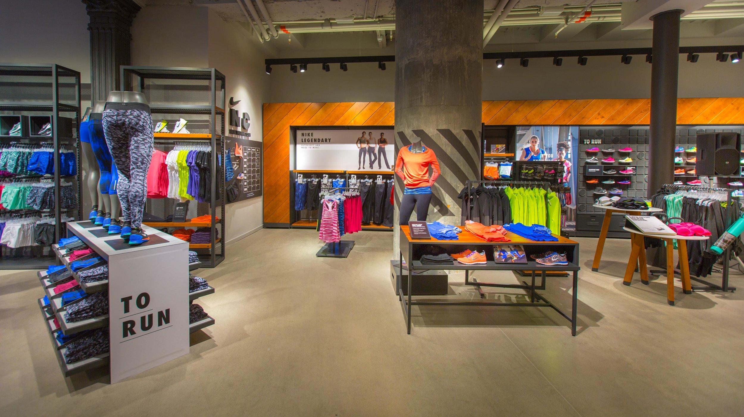 trova il prezzo più basso modelli alla moda nuovo stile Via Torino, Milan // 9.18.14 — Katy Wright