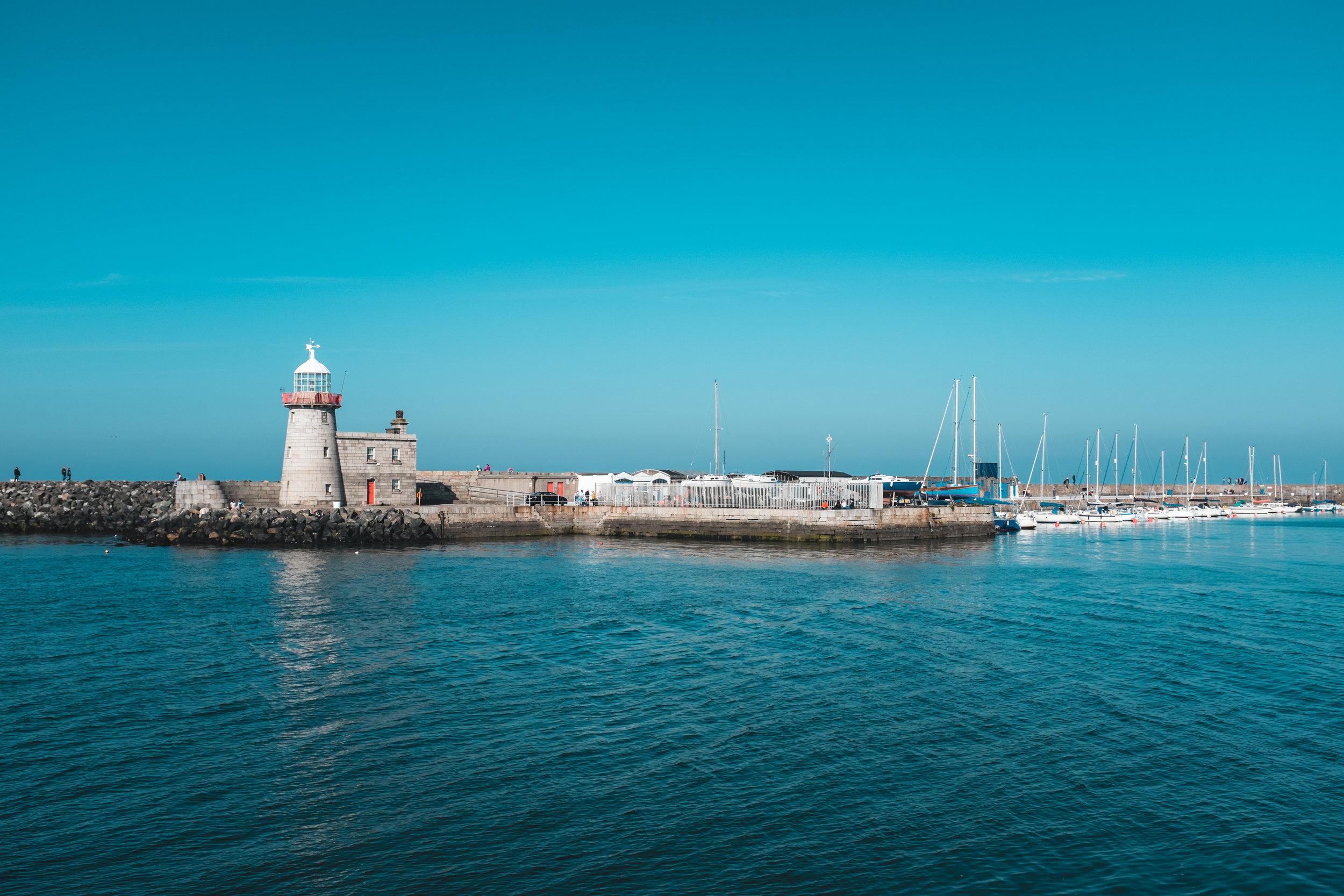 Howth Harbour County Dublin.jpg