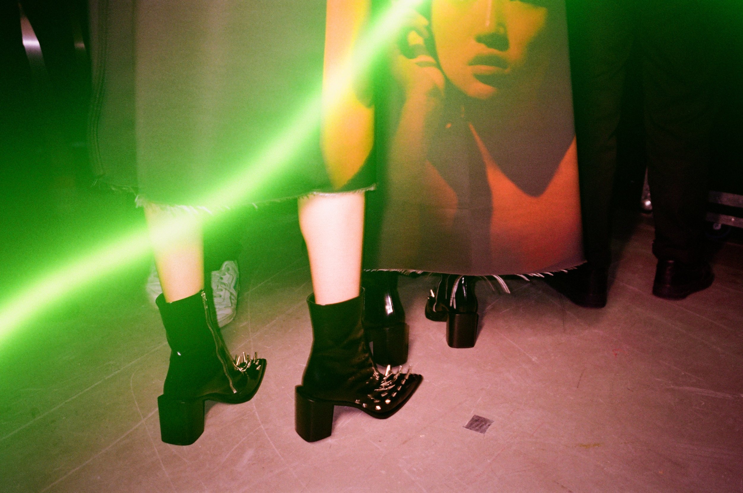 YangLi_Honigschreck_Backstage_Effect_1.jpg