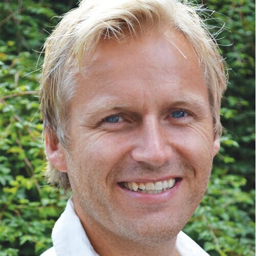 Kevin Frøystad    is a Norwegian entrepreneur, therapist, mental trainer and coach who with his heart-warming and competent approach has transformed thousands of people during the last 20 years. His passion and gift are to help people to better lives. He is mainly focusing on questions like why some people are happy while other people are sad, and why are some people in good health while others are sick. Can we decide which feelings to have? The answers he found have changed his own life completely and now his mission has become to give other people the same enlightenment.