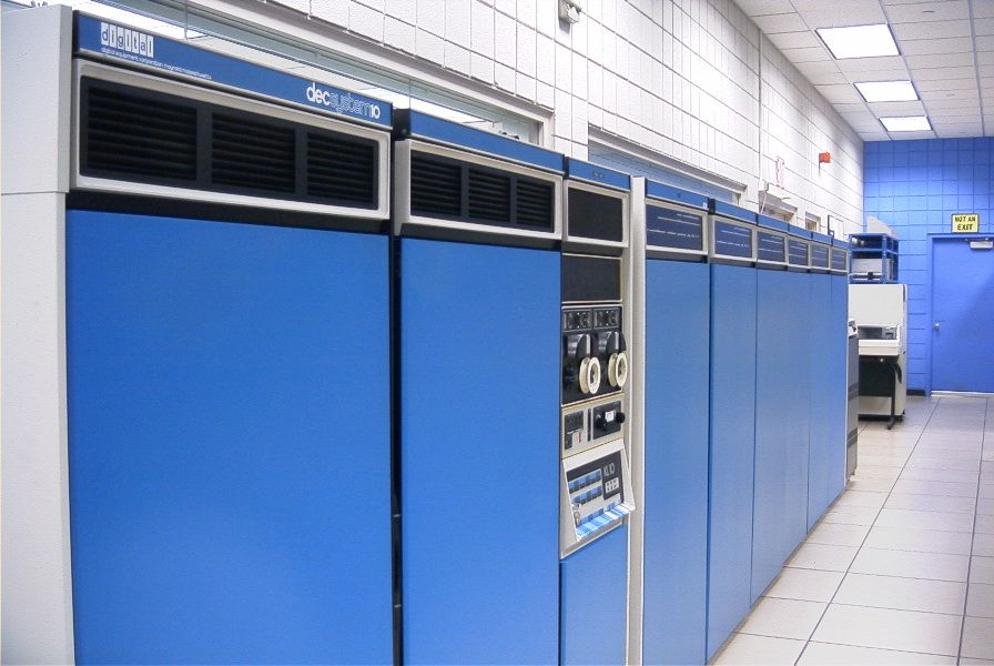 Photograph of the PDP-10 Mainframe By Retro-Computing Society of Rhode Island - Own work, CC BY-SA 3.0