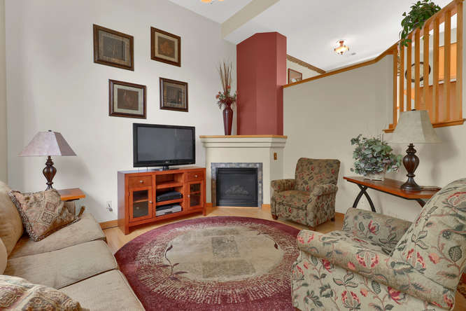 1101 21st Ave 11 Longmont CO-small-013-28-Living Room-666x444-72dpi.jpg