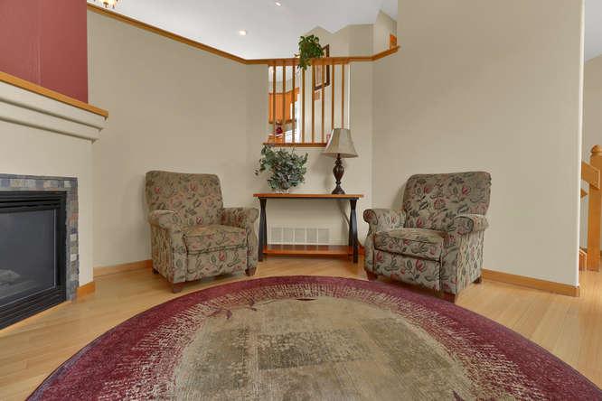 1101 21st Ave 11 Longmont CO-small-014-7-Living Room-666x444-72dpi.jpg