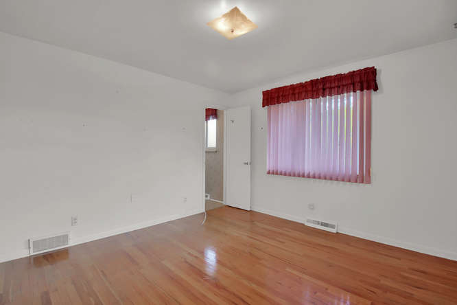 1870 Lewis Ct Lakewood CO-small-017-15-Bedroom-666x444-72dpi.jpg