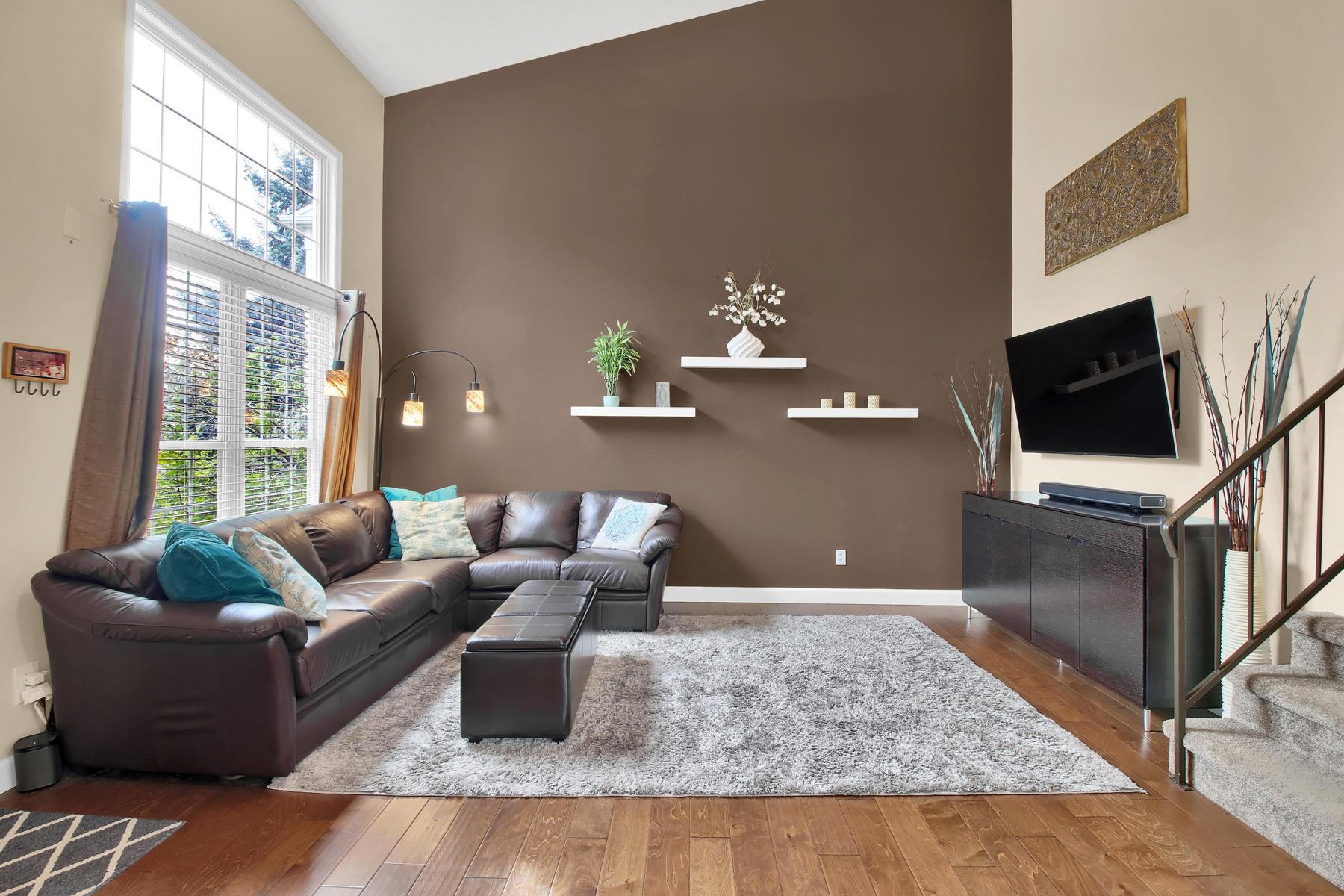10283 Robb St Westminster CO-004-11-Living Room-MLS_Size.jpg