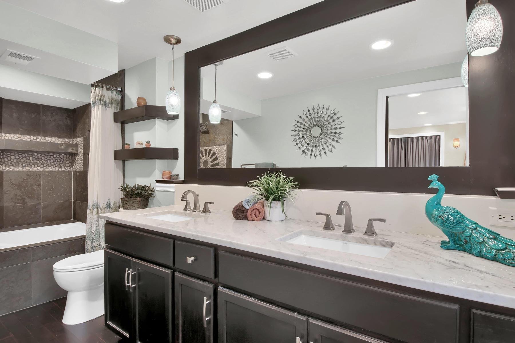 10283 Robb St Westminster CO-015-21-Bathroom-MLS_Size.jpg