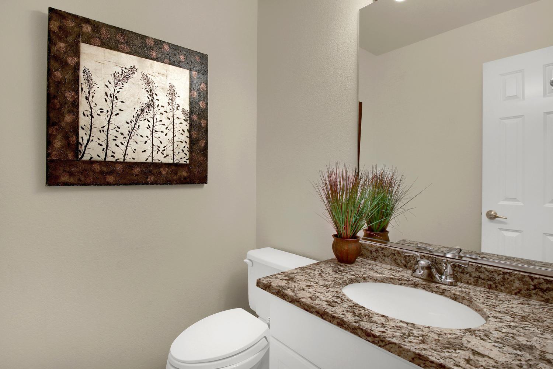 3665 Cayman Pl Boulder CO-large-018-27-Bathroom-1500x1000-72dpi.jpg