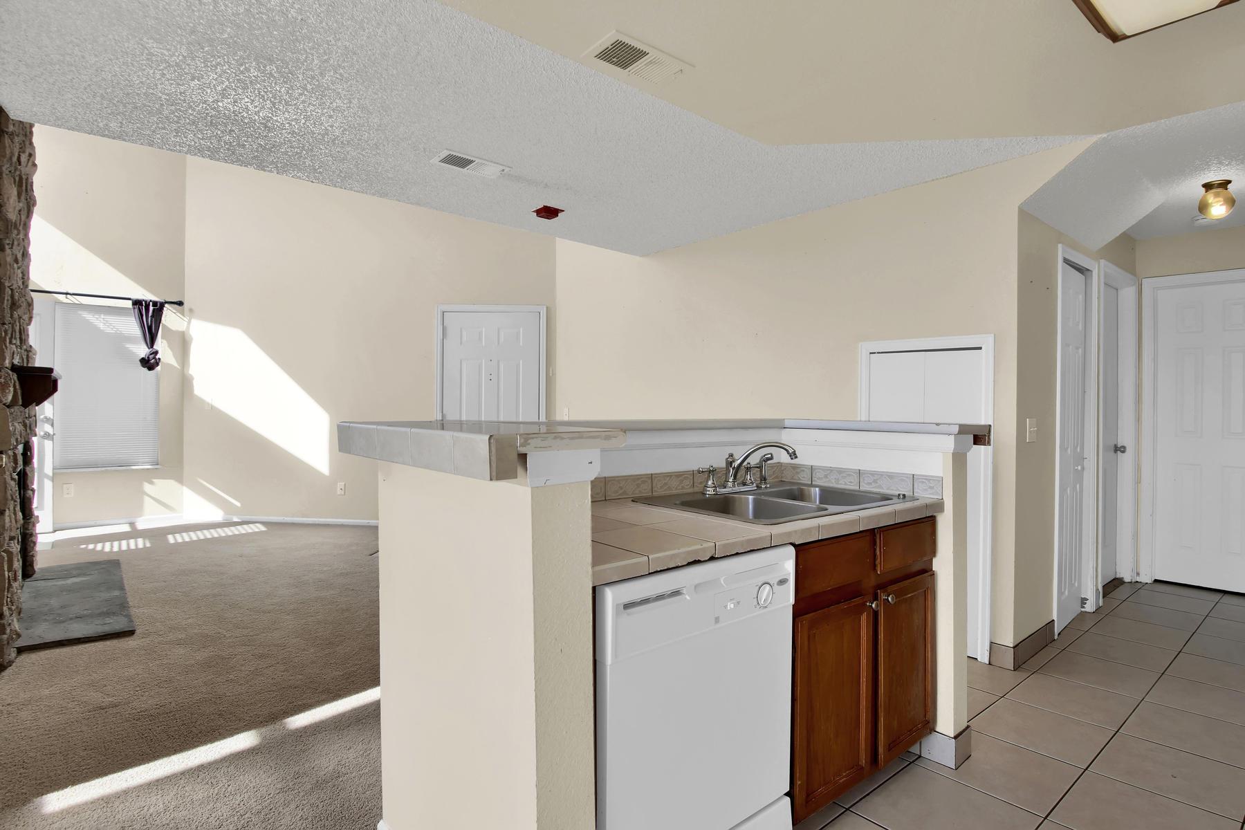 5620 W 80th Pl 72 Arvada CO-013-15-Kitchen-MLS_Size.jpg