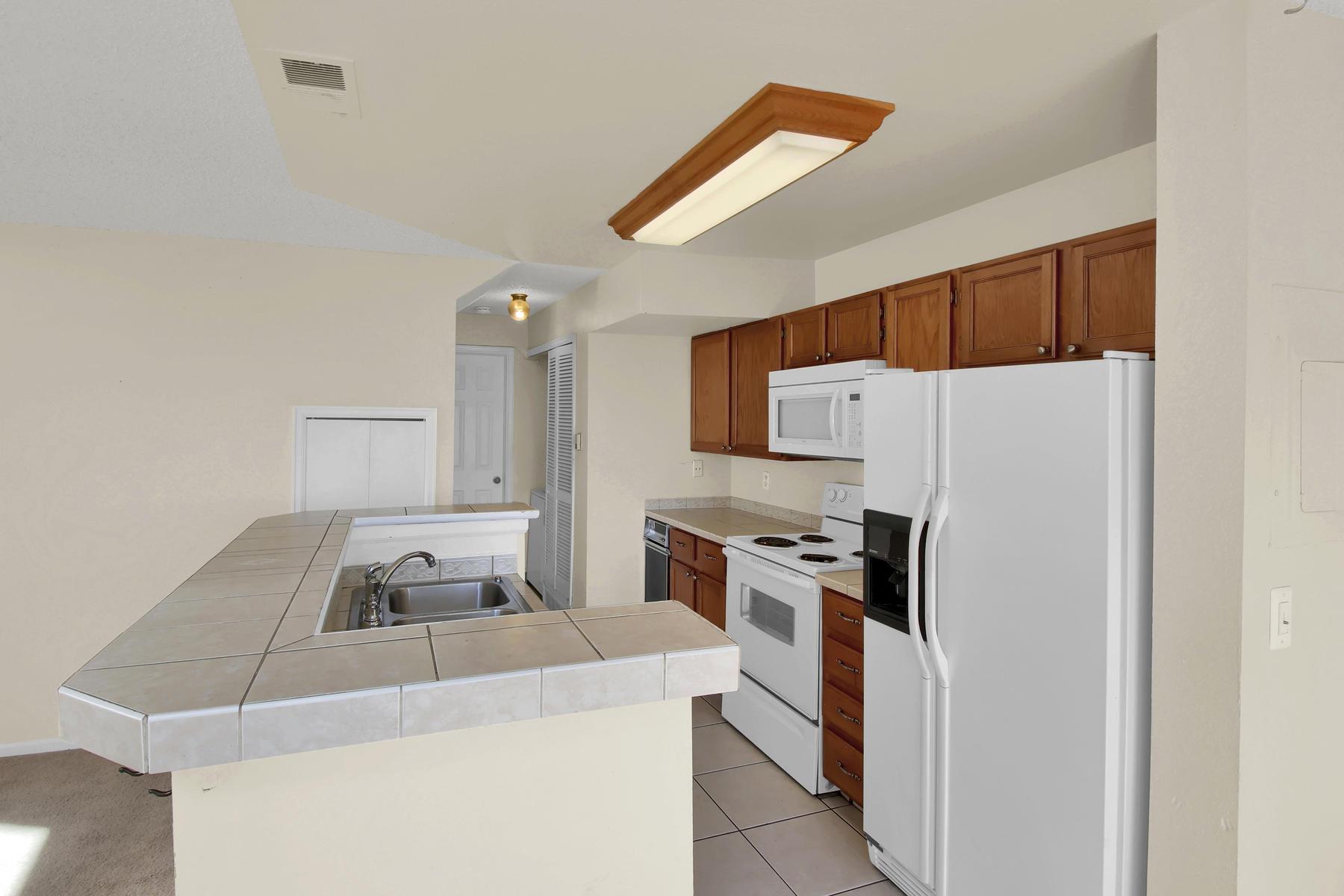 5620 W 80th Pl 72 Arvada CO-015-13-Kitchen-MLS_Size.jpg