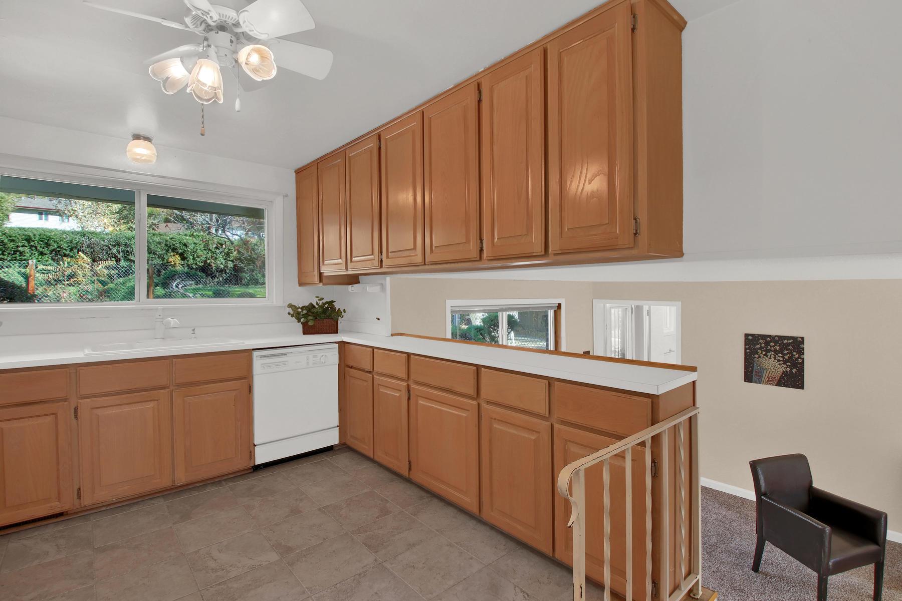 9035 Cole Dr Arvada CO 80004-010-18-Kitchen-MLS_Size.jpg