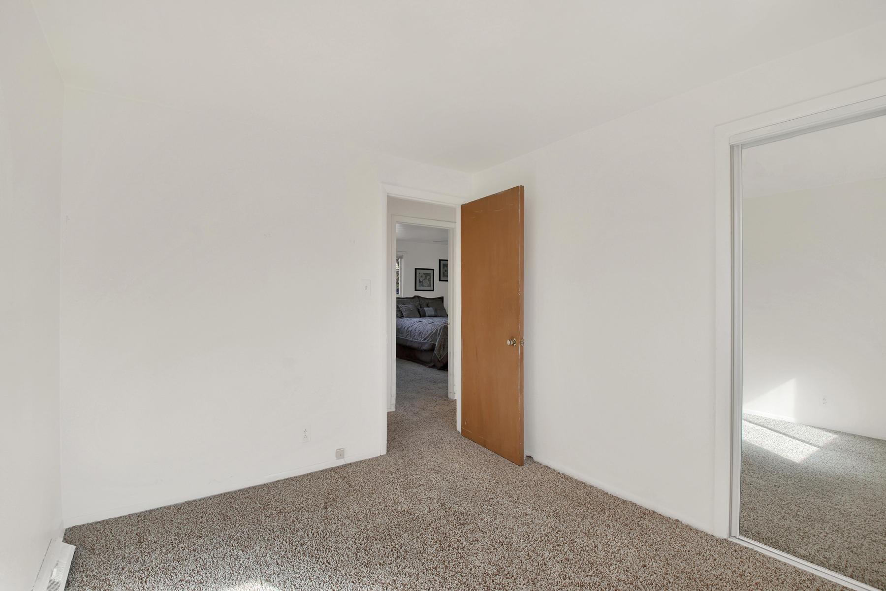 9035 Cole Dr Arvada CO 80004-022-31-Bedroom-MLS_Size.jpg