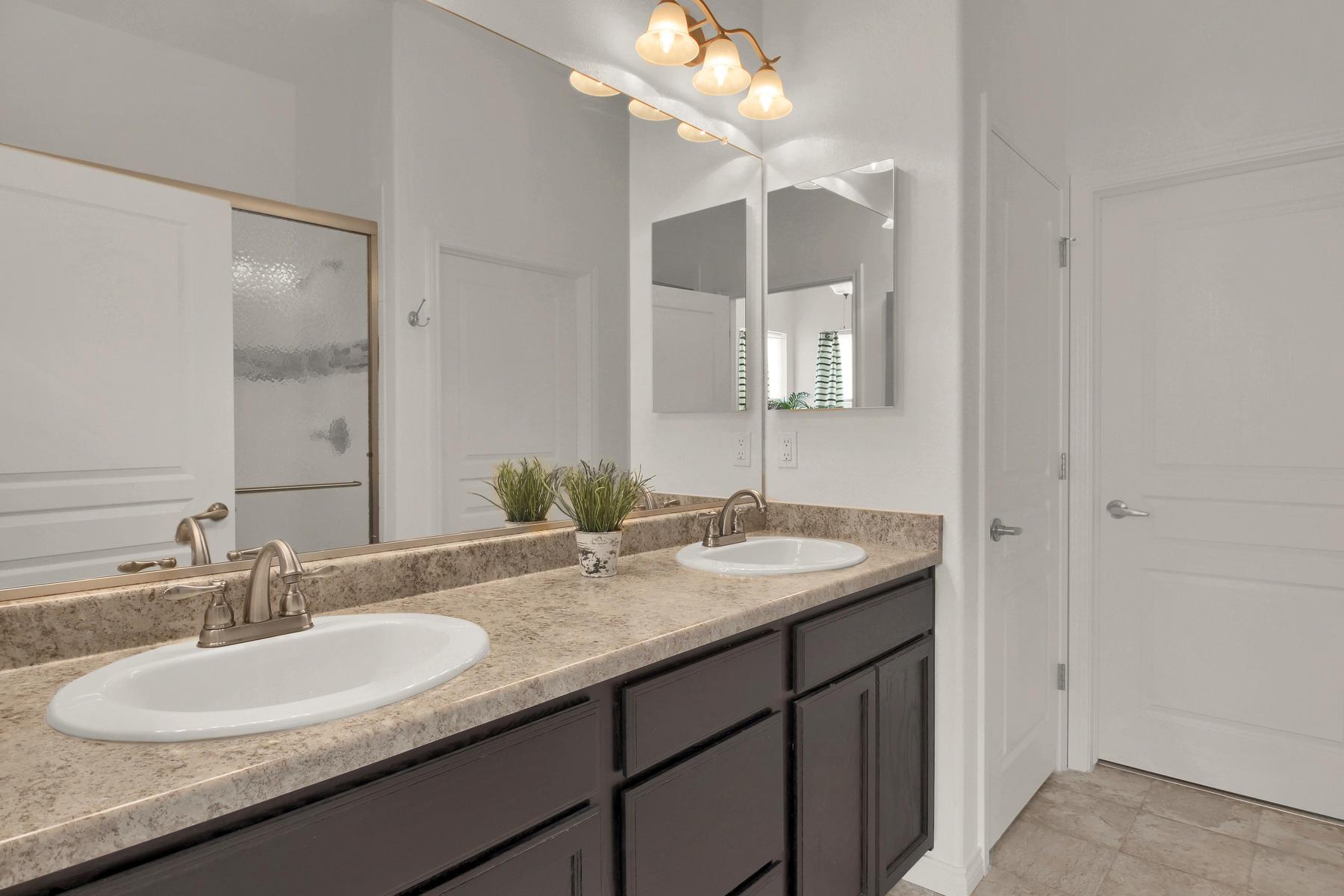 14287 W 88th Pl A Arvada CO-022-30-Bathroom-MLS_Size.jpg