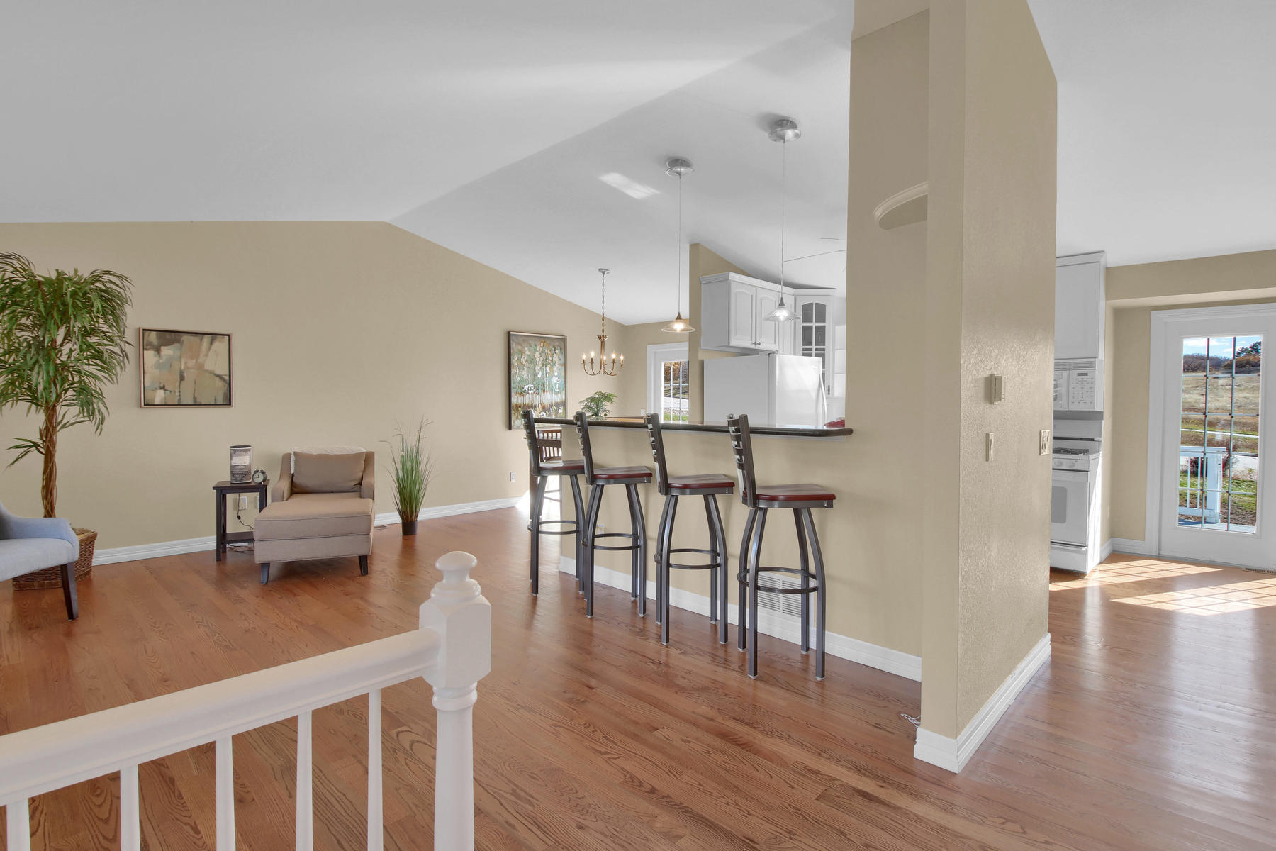 310 W Prestwick Way Castle-015-13-Foyer-MLS_Size.jpg