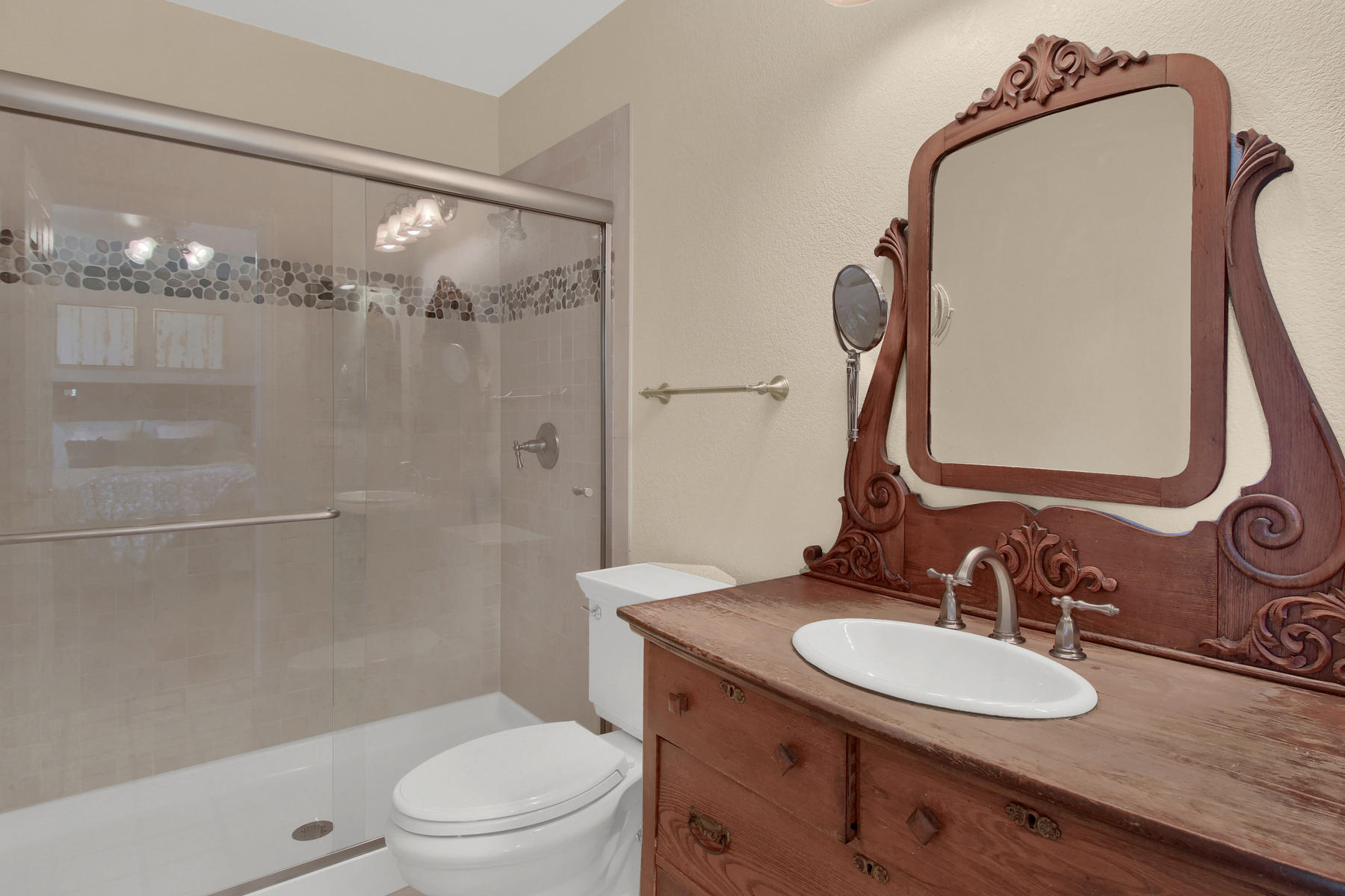 310 W Prestwick Way Castle-032-25-Bathroom-MLS_Size.jpg
