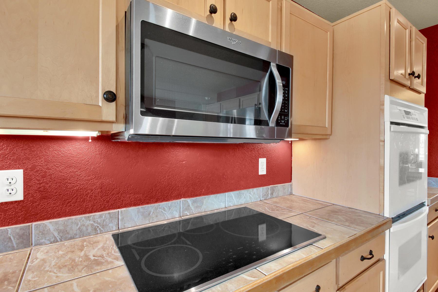 5367 Parfet St Arvada CO 80002-015-13-Kitchen-MLS_Size.jpg
