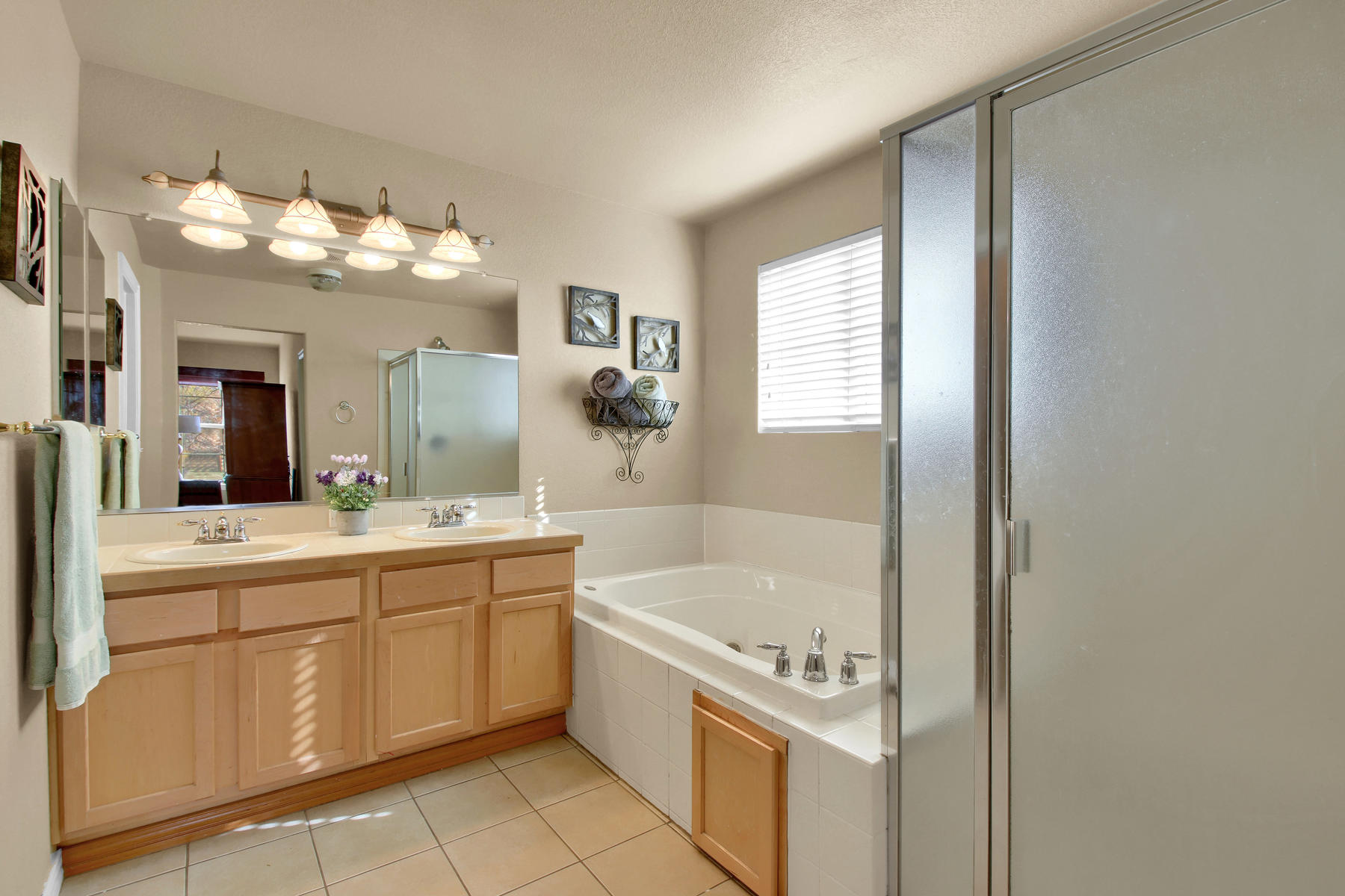 5367 Parfet St Arvada CO 80002-023-22-Bathroom-MLS_Size.jpg