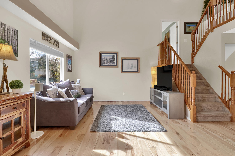 10816 W 55th Ln Arvada CO-large-004-13-Living Room-1500x1000-72dpi.jpg