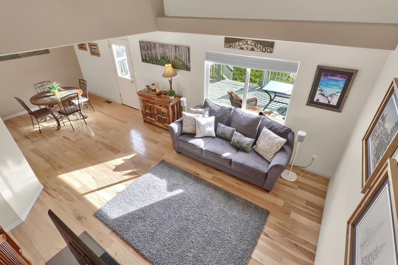 10816 W 55th Ln Arvada CO-large-006-16-Living Room-1500x1000-72dpi.jpg