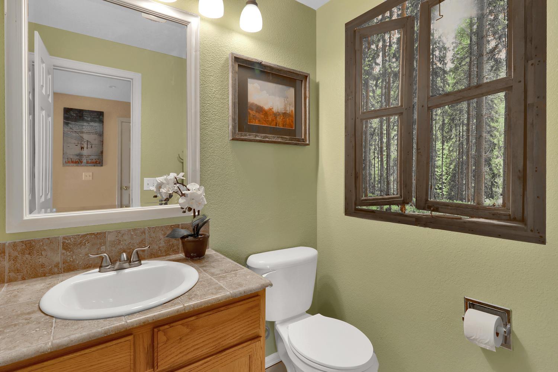 10816 W 55th Ln Arvada CO-large-007-10-Bathroom-1500x1000-72dpi.jpg
