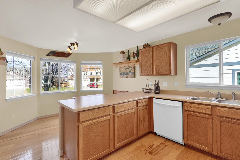 10816 W 55th Ln Arvada CO-large-014-21-Kitchen-1500x1000-72dpi.jpg