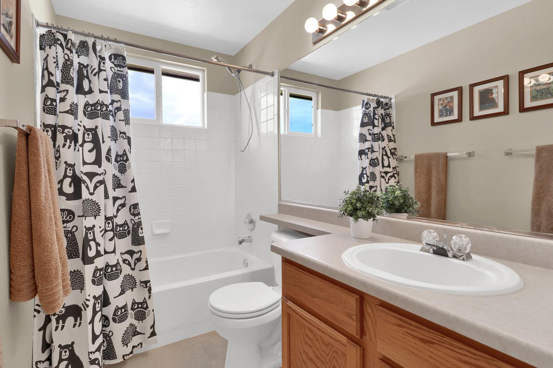 10816 W 55th Ln Arvada CO-large-028-30-Bathroom-1500x1000-72dpi.jpg